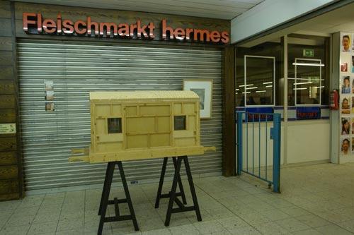 mhoch3 anstelle des Kunstwechsel 2008 im ehem. ALDI Kaisergarten